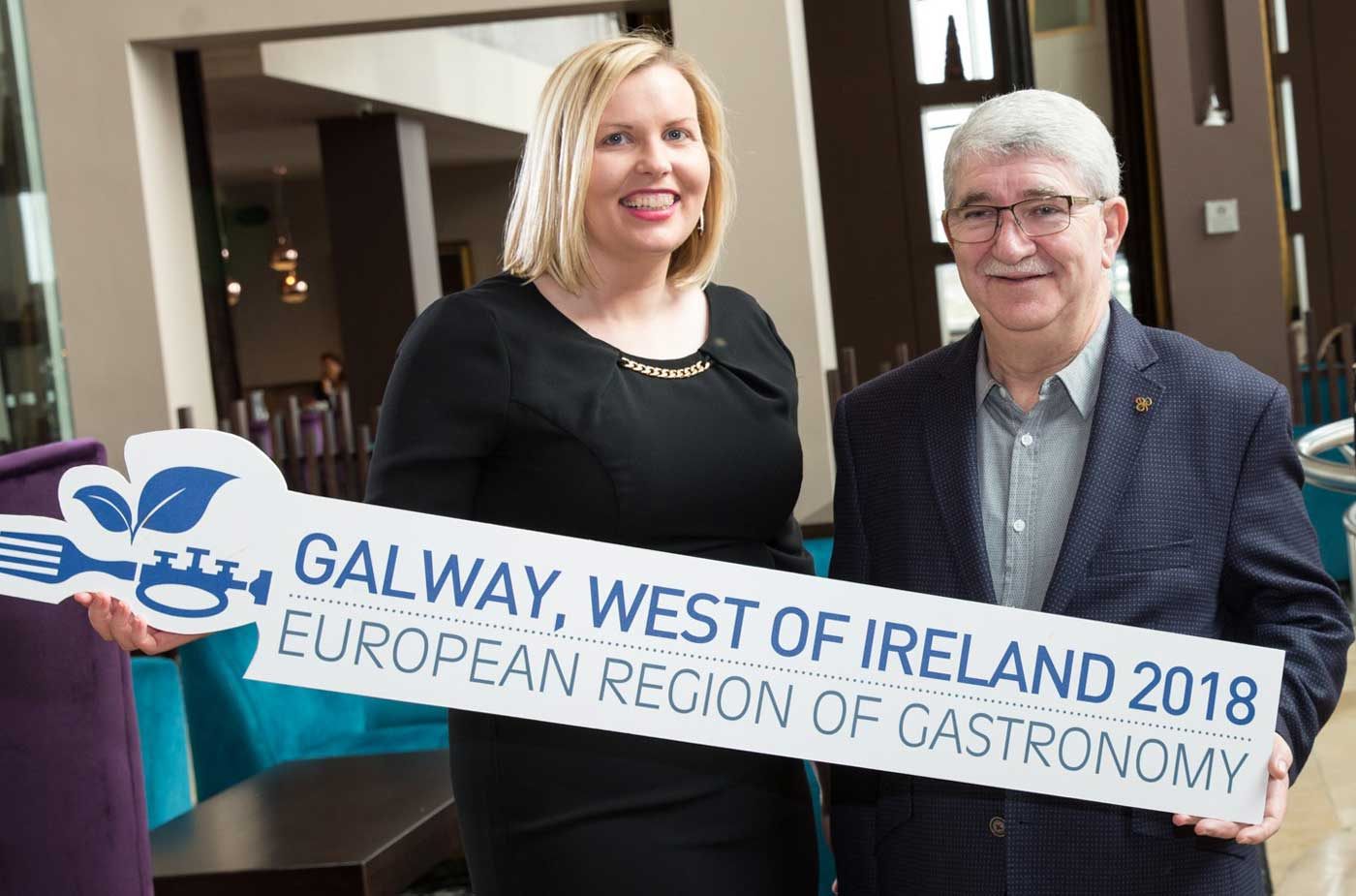 Hotelier-Ronnie-Counihan-&--Elaine-Donohue-Programme-Lead-for-Galway-&-West-of-Ireland,-European-Region-of-Gastronomy
